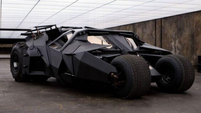 Batman-Begins-Tumbler-650-80