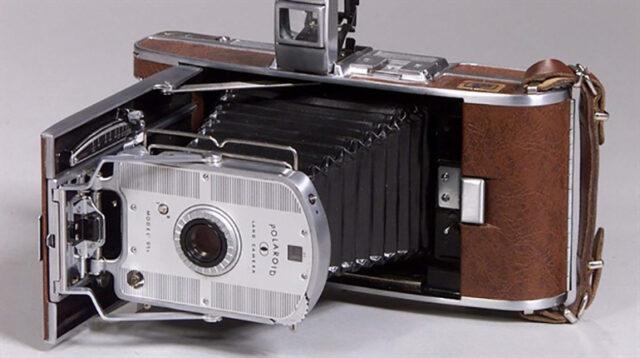 Polaroid Model 95 Camera
