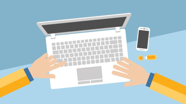 How To Use Technology to Your Advantage During College