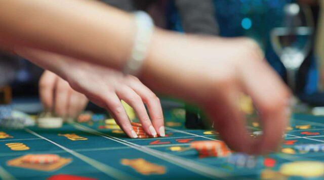 FoL-Playing-Carousel-1440×800