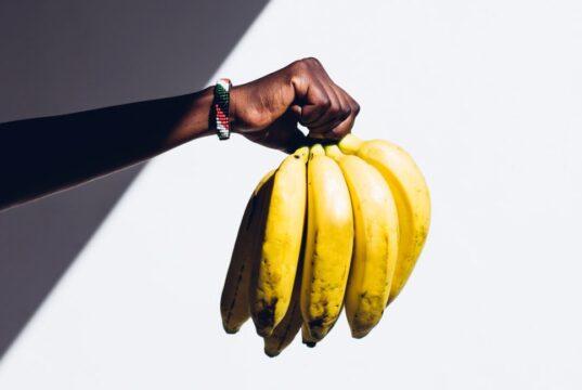 banana power house-bananas calories per ounce